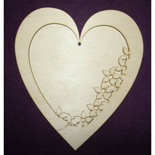 Szív - virágos szív alappal - több méret