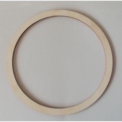 Karika több méretben, változó szélességgel 3 mm vastag
